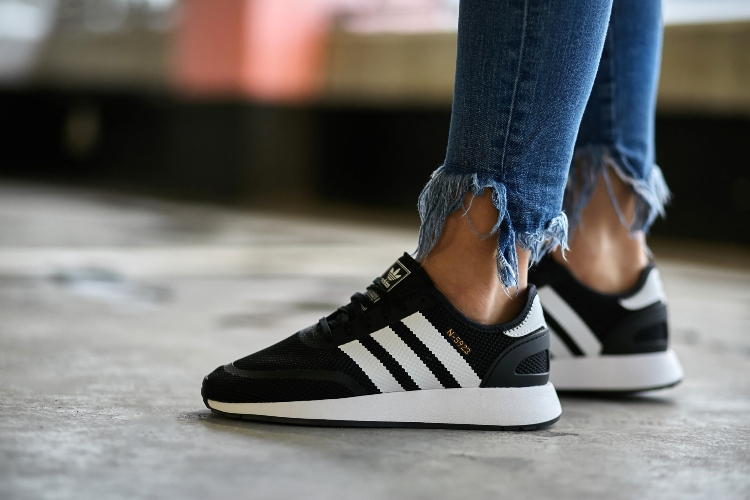 Adidas klassische Online Schuhstadt : Adidas Retro :