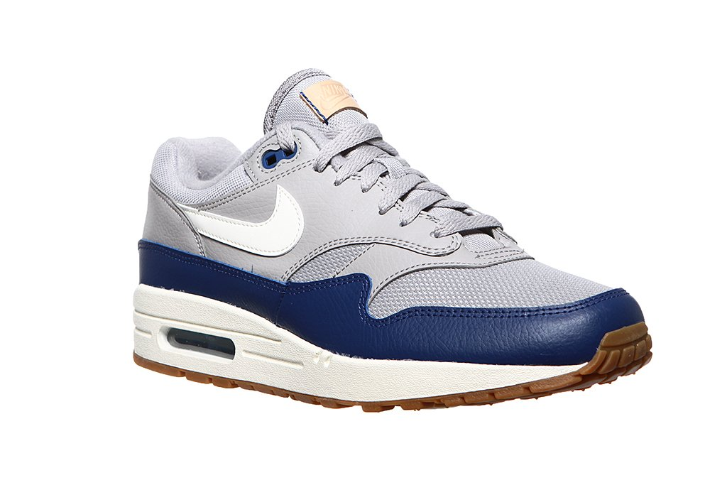 check out a few days away thoughts on Nike Air Max 1 AH8145-008