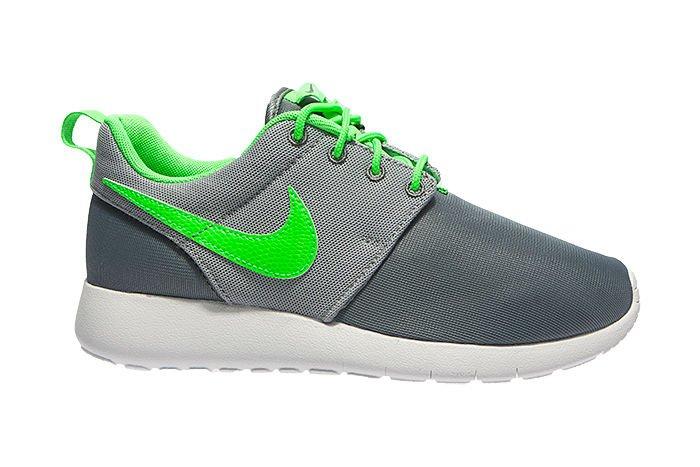8b5545ffb31 Nike Roshe One (GS) 599728-025 599728-025 E-MEGASPORT.DE