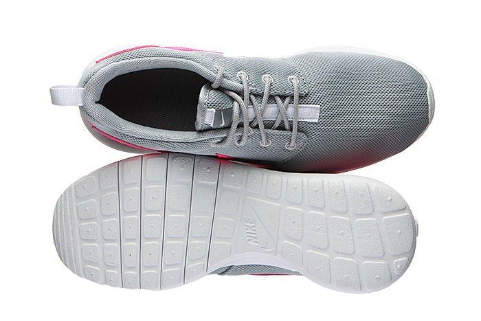 official photos b0cb4 8e02e ... Nike Roshe One Junior 599729-012